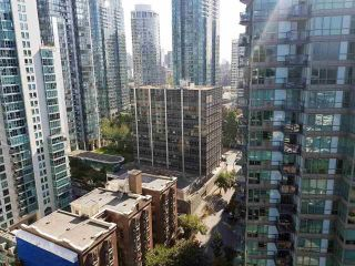 """Photo 9: 2408 555 JERVIS Street in Vancouver: Coal Harbour Condo for sale in """"HARBOURSIDE PARK"""" (Vancouver West)  : MLS®# R2576677"""