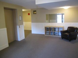 Photo 15: 402 1280 FIR Street in OCEANA VILLA: White Rock Home for sale ()  : MLS®# F1325152