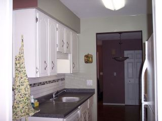 """Photo 7: 124 34909 OLD YALE Road in Abbotsford: Abbotsford East Townhouse for sale in """"The Gardens"""" : MLS®# R2213334"""