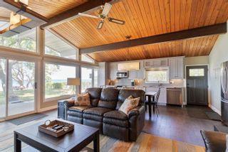 Photo 12: 132 Shore Lane: Wasaga Beach House (Bungalow) for sale : MLS®# S5259310