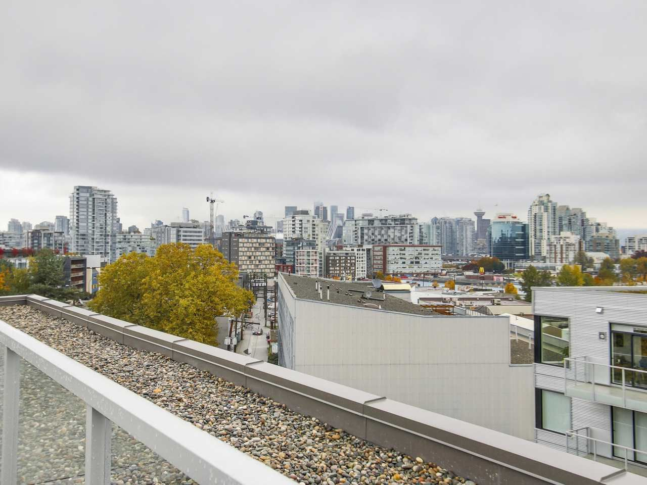 """Photo 13: Photos: 604 417 GREAT NORTHERN Way in Vancouver: Mount Pleasant VE Condo for sale in """"CANVAS"""" (Vancouver East)  : MLS®# R2118078"""
