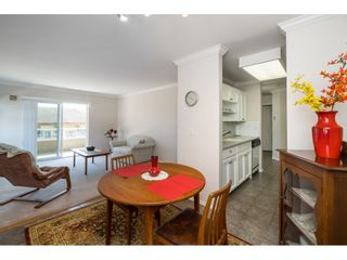 Photo 5: 302 2239 152 Street in Surrey: Sunnyside Park Surrey Condo for sale (South Surrey White Rock)  : MLS®# R2364850