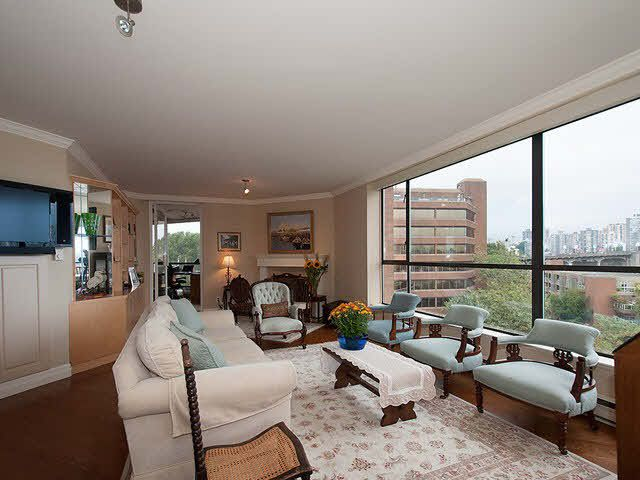 """Photo 3: Photos: 611 1450 PENNYFARTHING Drive in Vancouver: False Creek Condo for sale in """"HARBOUR COVE"""" (Vancouver West)  : MLS®# V1086066"""