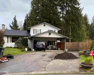 Photo 1: 10266 145A Street in Surrey: Guildford House for sale (North Surrey)  : MLS®# R2562436