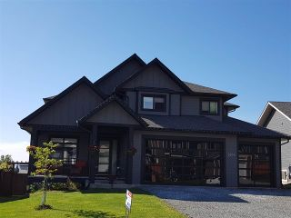 Photo 1: 2954 VISTA RIDGE Drive in Prince George: St. Lawrence Heights House for sale (PG City South (Zone 74))  : MLS®# R2381138