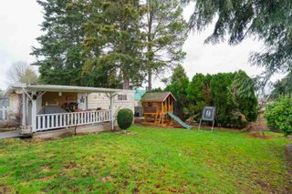 Photo 3: 1226 PARKER Street: White Rock House for sale (South Surrey White Rock)  : MLS®# R2343363