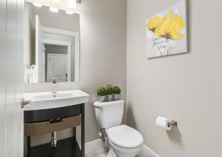 Photo 5: 141 Kinniburgh Gardens: Chestermere Detached for sale : MLS®# A1104043