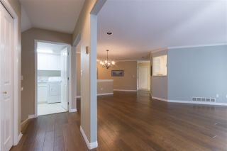 """Photo 11: 64 4001 OLD CLAYBURN Road in Abbotsford: Abbotsford East Townhouse for sale in """"CEDAR SPRINGS"""" : MLS®# R2109700"""