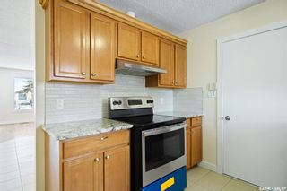 Photo 10: 313 Q Avenue South in Saskatoon: Pleasant Hill Residential for sale : MLS®# SK863983
