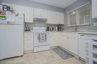 """Photo 7: 3386 MARQUETTE Crescent in Vancouver: Champlain Heights Townhouse for sale in """"CHAMPLAIN RIDGE"""" (Vancouver East)  : MLS®# R2468403"""