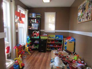 """Photo 6: 9207 108 Avenue in Fort St. John: Fort St. John - City NE House for sale in """"KEARNEY"""" (Fort St. John (Zone 60))  : MLS®# R2011187"""