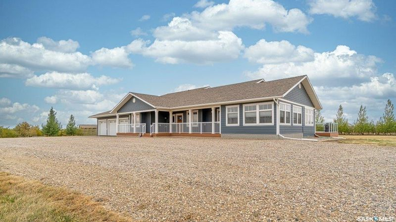 FEATURED LISTING: Boyle Acreage Moose Jaw