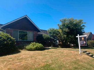 "Photo 1: 6091 WILLOW Street in Vancouver: Oakridge VW House for sale in ""Oakridge"" (Vancouver West)  : MLS®# R2604557"