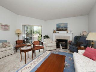 Photo 2: 9 5156 Cordova Bay Rd in Saanich: SE Cordova Bay Row/Townhouse for sale (Saanich East)  : MLS®# 844090