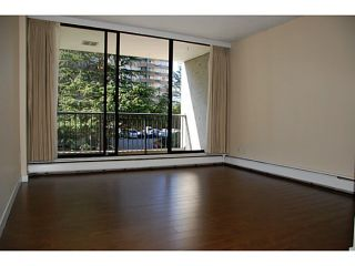 """Photo 6: 104 710 7TH Avenue in New Westminster: Uptown NW Condo for sale in """"THE HERITAGE"""" : MLS®# V1016601"""