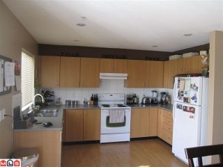 Photo 5: 23 5355 201A Street in Langley: Langley City Townhouse for sale : MLS®# F1117379
