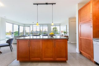 """Photo 8: 704 2655 CRANBERRY Drive in Vancouver: Kitsilano Condo for sale in """"NEW YORKER"""" (Vancouver West)  : MLS®# R2579388"""