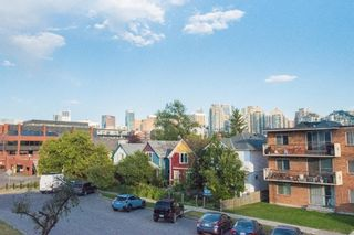 Photo 1: 302 1222 Kensington Close NW in Calgary: Hillhurst Apartment for sale : MLS®# A1056471