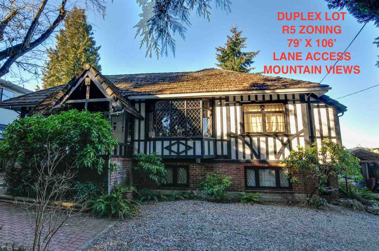 Main Photo: 4855 SMITH AVENUE in Burnaby: Central Park BS House for sale (Burnaby South)  : MLS®# R2136893