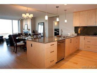 Photo 6: 102 758 Sayward Hill Terr in VICTORIA: SE Cordova Bay Condo for sale (Saanich East)  : MLS®# 589358