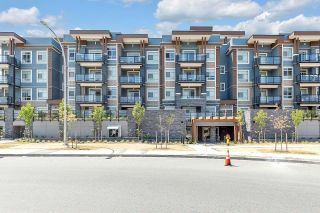 """Photo 1: 208 45562 AIRPORT Road in Chilliwack: Chilliwack E Young-Yale Condo for sale in """"THE ELLIOT"""" : MLS®# R2602520"""