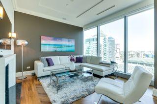 Photo 4: 2402 183 W Wellington Street in Toronto: Condo for lease (Toronto C01)  : MLS®# C3690976