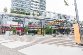 """Photo 19: 1607 488 SW MARINE Drive in Vancouver: Marpole Condo for sale in """"MARINE GATEWAY"""" (Vancouver West)  : MLS®# R2178755"""