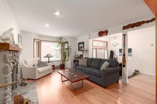 """Photo 5: 41361 KINGSWOOD Road in Squamish: Brackendale House for sale in """"BRACKENDALE"""" : MLS®# R2618512"""