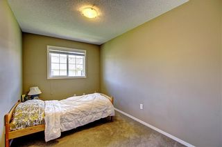 Photo 18: 51 COUNTRY VILLAGE Villas NE in Calgary: Country Hills Village Row/Townhouse for sale : MLS®# C4280455