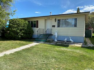 Photo 1: 170 Browning Street in Southey: Residential for sale : MLS®# SK817873
