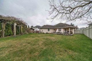Photo 19: 8080 158A Street in Surrey: Fleetwood Tynehead House for sale : MLS®# R2440380
