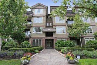 "Photo 1: 404 15368 17A Avenue in Surrey: King George Corridor Condo for sale in ""OCEAN WYNDE"" (South Surrey White Rock)  : MLS®# R2082400"