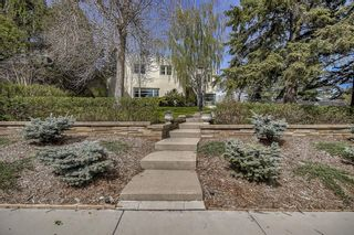 Photo 2: 1110 Levis Avenue SW in Calgary: Upper Mount Royal Detached for sale : MLS®# A1109323