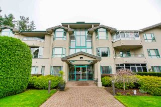 "Photo 1: 202 1569 EVERALL Street: White Rock Condo for sale in ""Seawynd Manor"" (South Surrey White Rock)  : MLS®# R2513338"