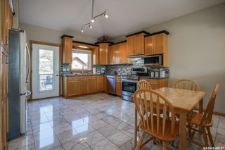 Photo 12: 730 Greaves Crescent in Saskatoon: Willowgrove Residential for sale : MLS®# SK817554