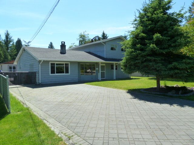 Main Photo: 20280 41A Avenue in Langley: Home for sale : MLS®# F1313760
