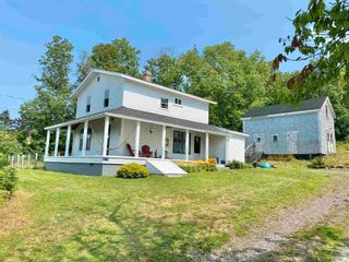 Photo 1: 210 Highway 1 in Smiths Cove: 401-Digby County Residential for sale (Annapolis Valley)  : MLS®# 202121086