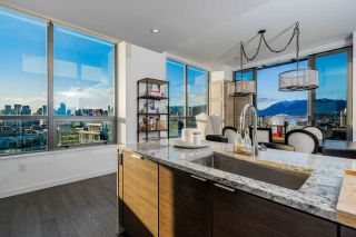 """Photo 2: 1402 1688 PULLMAN PORTER Street in Vancouver: Mount Pleasant VE Condo for sale in """"NAVIO AT THE CREEK"""" (Vancouver East)  : MLS®# R2603444"""
