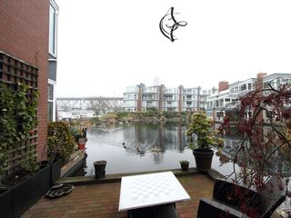 """Photo 20: 1596 ISLAND PARK Walk in Vancouver: False Creek Townhouse for sale in """"THE LAGOONS"""" (Vancouver West)  : MLS®# V922558"""