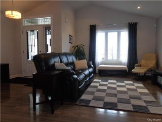 Photo 3: 47 Appletree Crescent in Winnipeg: Waverley West Residential for sale (1R)  : MLS®# 1707959