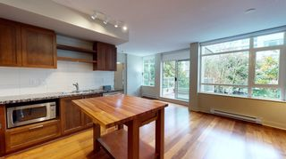 Photo 2: xxx 2288 West Broadway in Vancouver: Kitsilano Condo for rent (Vancouver West)
