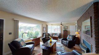 Photo 3: LEMON GROVE House for sale : 4 bedrooms : 2514 BUENA VISTA AVE