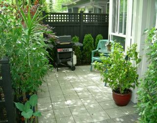 """Photo 7: 6823 PRENTER ST in Burnaby: Middlegate BS Townhouse for sale in """"THE VENTURA"""" (Burnaby South)  : MLS®# V594181"""