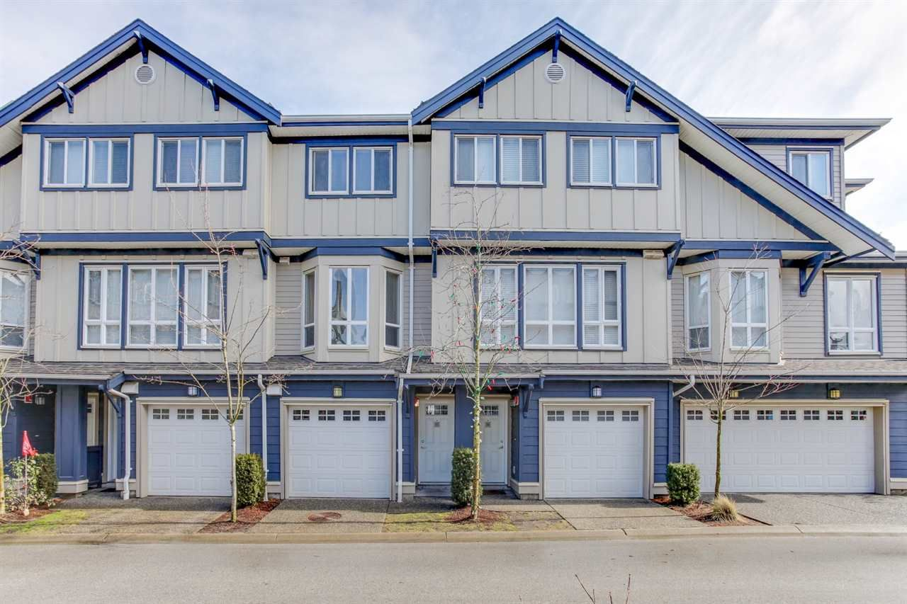 Main Photo: 37 160 PEMBINA STREET in : Queensborough Townhouse for sale : MLS®# R2146279