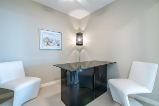 """Photo 12: 2103 583 BEACH Crescent in Vancouver: Yaletown Condo for sale in """"PARK WEST TWO"""" (Vancouver West)  : MLS®# R2361220"""