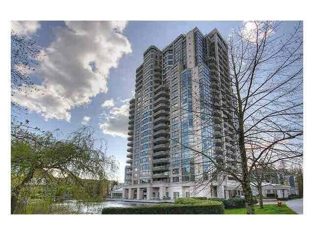 Main Photo: 302 3070 Guildford Way in Coquitlam: North Coquitlam Condo for sale : MLS®# V1126460
