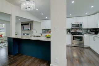 Photo 5: 108 Canterbury Place SW in Calgary: Canyon Meadows Detached for sale : MLS®# A1126755