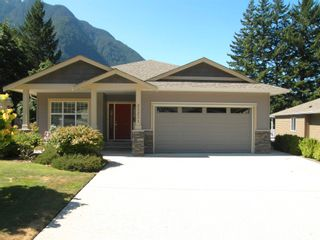 Photo 35: 21211 KETTLE VALLEY Place in Hope: Hope Kawkawa Lake House for sale : MLS®# R2604665