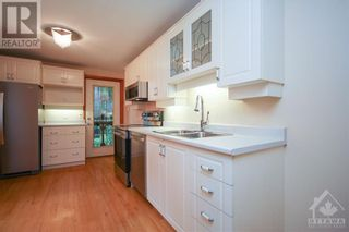 Photo 10: 70 PARK AVENUE in Ottawa: House for rent : MLS®# 1256103