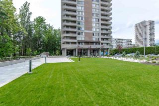 Photo 2: 402 3737 BARTLETT COURT in Burnaby: Sullivan Heights Condo for sale (Burnaby North)  : MLS®# R2072040